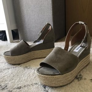 Steve Madden Apolo Taupe Suede Espadrilles, Size 8